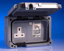 MK 56301 GRY 1G Double Pole RCD Protected Switch Socket 30mA Active IP56 **NEW**