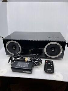 Samsung DA-E670 2.1 Channel 40-Watt Dual Audio Dock Black VG With Remote