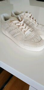 Adidas Rivalry Low Suede Sneakers US 8 New
