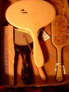 Lot Of Antique Vanity Mirrors,,Comb,,Brush And Button Hook..Bakelite.And Wood...
