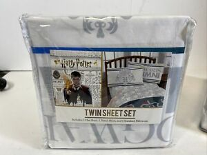 Harry Potter Twin Sheet Set 3 Piece. NEW UU