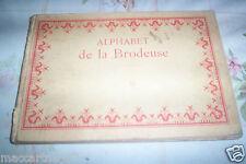 VIEUX LIVRE ALPHABET DE LA BRODERIE