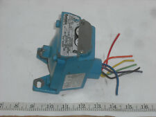 BARKSDALE CD2H-A150SS DIALMATIC PRESSURE SWITCH *USED*