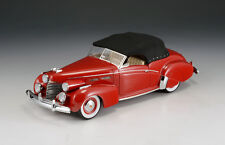 "Cadillac Series 62 Convertible Victoria ""Red"" 1940 (closed) (GLM 1:43/ 43103902)"