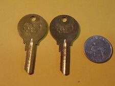 2 KEY BLANKS Vintage Star VW1 62VW H62VB 1952-59 Beetle 1956-67 Ghia Volkswagen