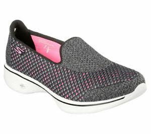 NEU SKECHERS Damen Fitness Sneakers Loafer Slipper GO WALK 4 KINDLE Schwarz/Grau