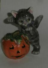 Adorable Vintage Halloween Cat With Jack o lantern Pumpkin Fitz Floyd Figurine