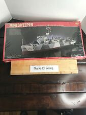Brand New Sealed Lindberg 1/125 US Navy Minesweeper (motorized) Model Boat Kit