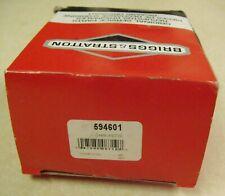 New Genuine Briggs & Stratton Carburetor 594601 Sealed Slightly Damaged Box