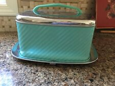 Vintage Lincoln Beautyware Turquoise Locking Cake Carrier Stainless USA