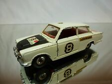 DINKY TOYS 212 FORD CORTINA - EAST AFRICAN SAFARI - WHITE 1:43 - GOOD CONDITION