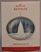 Hallmark - Christmas In The City - Oval - 2014 Keepsake Ornament