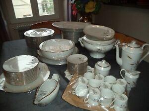 Service de table complet neuf- en porcelaine de Limoges !!!