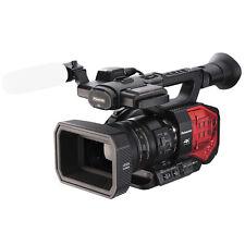BSTOCK Panasonic AG-DVX200 4K Handheld Camcorder Sensor and Zoom Lens