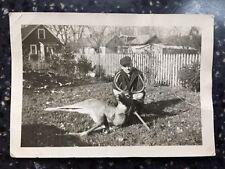 Vintage Photo Hunting Dear Trophée Black And White BW Gun Kill 1944