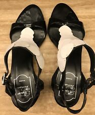 ROGER VIVIER Black and White Leather Low Heel Sandals ,Size  US 7 / Eur 37,5.