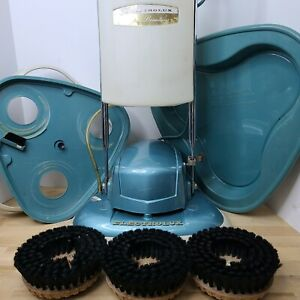 ELECTROLUX DOUBLE INSULATION FLOOR POLISHER/SCRUBBER B-8 PLEASE READ