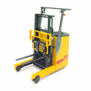 1:20 Scale TCM FRB-VIII Electric Reach Forklift Truck Model Diecast Collection