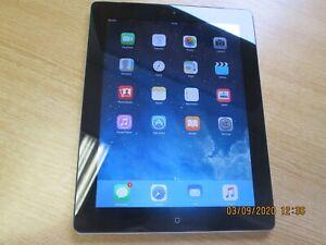 Apple iPad 2 16GB, Wi-Fi + 3G (Vodafone), 9.7in - Black - Used - D691