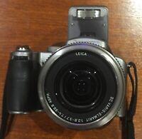 Panasonic lumix dmc-fz30 camera leica lens 8MP 12x digital zoom