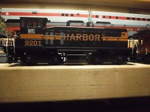 Athearn**SPECIAL EDITION** DUMMY IHB #9201 HO 2213 SW1500 with caboose