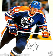 WAYNE GRETZKY GREAT ONE HAND SIGNED AUTOGRAPHED VINTAGE 11X14 PHOTO! W/PROOF+COA