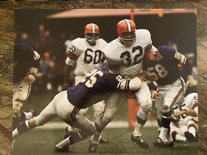 """JIM BROWN Cleveland Browns vintage photo 16""""x20""""Great Condition."""