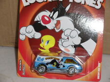 Hotwheels  LOONEY TUNES Sylvester & Tweety Dream Van