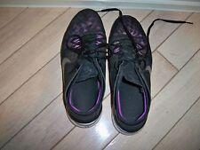 Nike Free TR Fit 5 Black with Fushia Trim Womens Fitness shoe. 8.