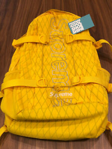 2018 FW18 SUPREME BACKPACK DP YELLOW REFLECT SILVER PINEAPPLE BOX LOGO