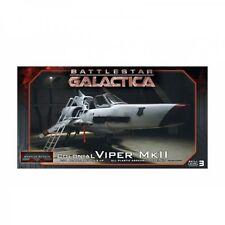 Moebius Models Battlestar Galactica Colonial Viper MKII & Pilot Figure 1:32 scale