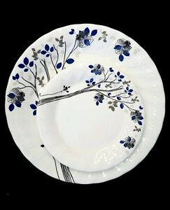 37 Piece Dinner set with serving wares 6 place setting