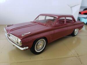 Pontiac 1961 Tempest 4 Door Sedan Promo Car 1:25 Scale