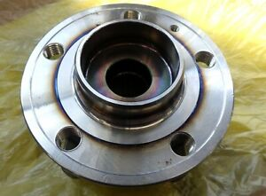 (1) Moog Front Wheel Bearing and Hub Assembly 513194 Volvo S70 V70 XC70 2001-09