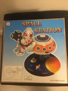 RARE Schylling Space Station w/Astronaut Toy  Playset MS375 - New in Box