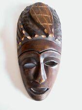 Ältere Holzmaske aus Afrika Teakholz hand-geschnitzt 30 cm hoch