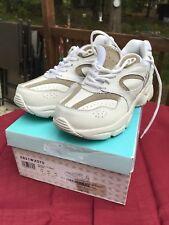 NIB Apex By Aetrex X821 X-Wide Therapeutic Womens White Shoes 7.5 US