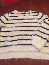 NWT STYLE & CO AWESOME WHITE AND BLACK SWEATER - 0X - NICE AND EASY ONE