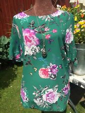Wallis Lovely Summer Floral Blouse. 18 Pristine