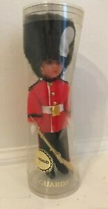 """Vintage British London Rifle Guards Doll in Case 8"""""""