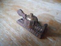 1  ANTIQUE Eastlake Victorian Cast Iron Window sash locks  Vintage old hardware