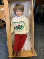 Sigikid Künstlerpuppe Vinyl Puppe 54 cm. Top Zustand