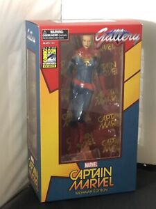DC Gallery Captain Marvel Mohawk Edition SDCC Limited Edison Statue
