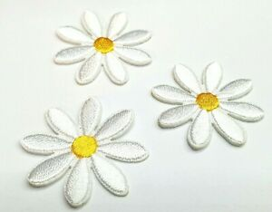 3 DAISY FLOWER IRON ONS EMBROIDERED PATCHES SEW IRON ON BADGES SET OF 3 DAISY WH