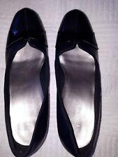 Ladies Shoes, Pavers, Size 7