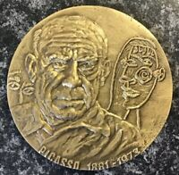 C- ART,PAINTER,PABLO PICASSO,1881-1973,GUERNICA,STUNNING HUGE BRONZE MEDAL.70 MM