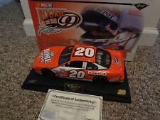 1/18 Revell TONY STEWART #20  HOME DEPOT Rookie of the Year  Pontiac 2000