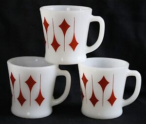 THREE (3) VICTAGE FIRE KING MUGS WITH RED KITES / DIAMONDS