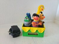 VINTAGE SESAME STREET AM RADIO BIG BIRD BERT ERNIE COOKIE MONSTER GROUCH TESTED