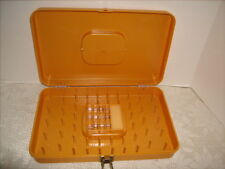 Wilson Wil-Hold Sewing Case Plastic 48 Thread & Bobbin Box with 12 bobbins
